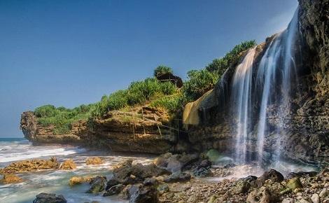 Pantai Jogan, Sayang Untuk Tidak Hadiri Uniknya