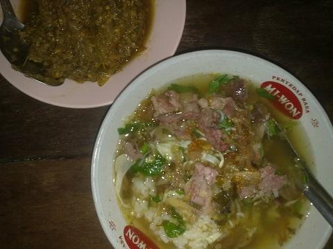 Soto Sapi Pak Ngadiran: Kuliner Jogja Mblusuk Yang Mantap Jiwa