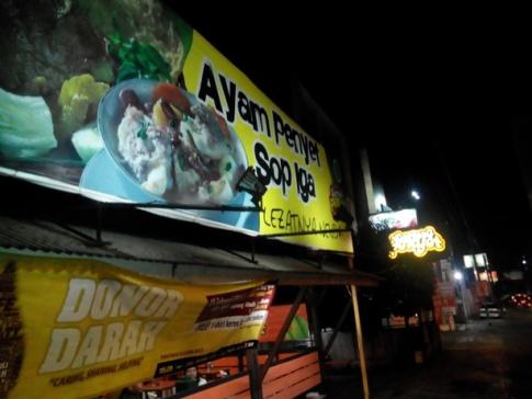 Waroeng Penyet, Tempat Makan Enak di Jogja