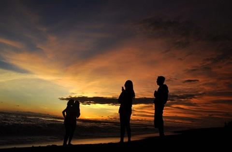 Wisata Pantai Asri Ala Pantai Kuwaru, Yogyakarta