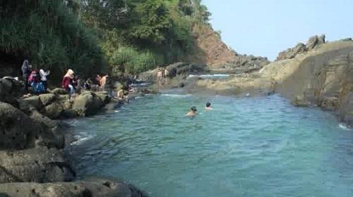Refreshing Nikmati Wisata Pantai Jogja di Laguna Wediombo