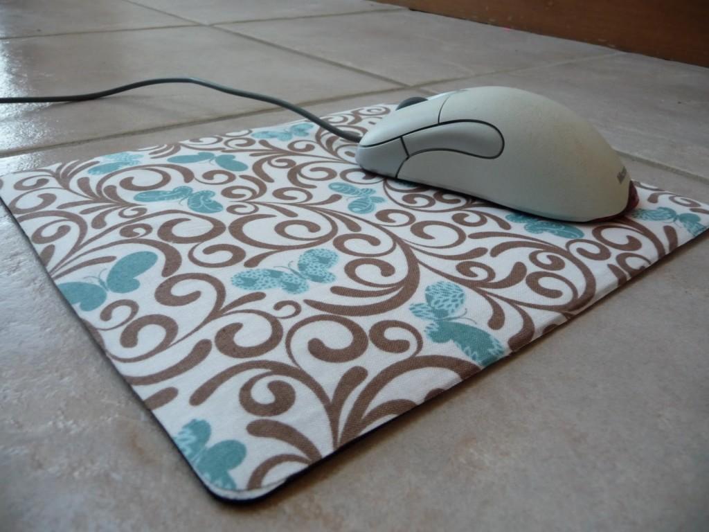 Ide Kreatif Bikin Mousepad Mu Sendiri Dari Barang Bekas Disekitarmu