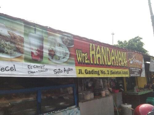 Nasi Brongkos Handayani Alkid Yogyakarta Yang Legendaris dan Es Campur nya Juara